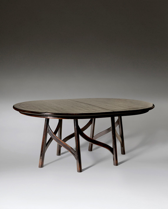 Bailley Oval Dining Table Aesthetic Decor